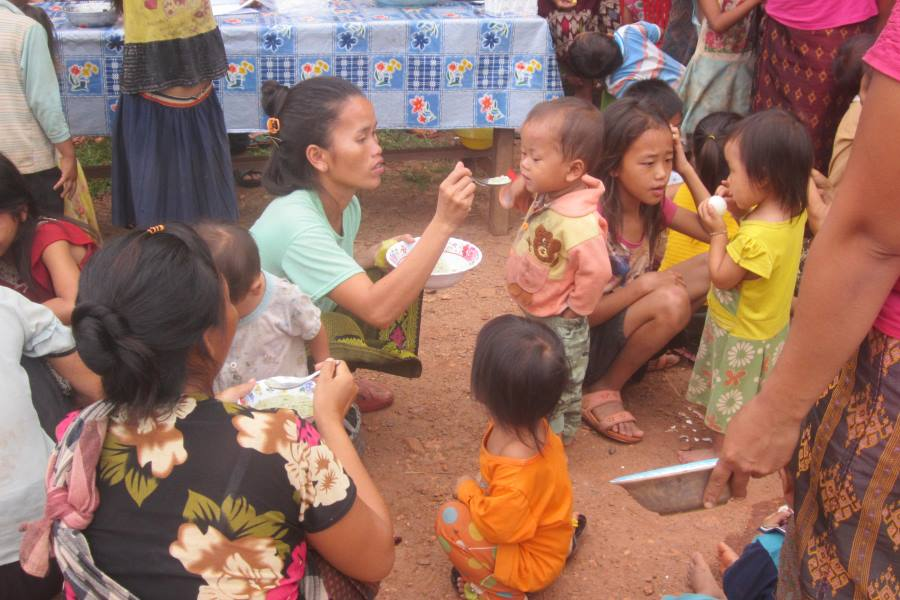Children under 5 receive nutritious food