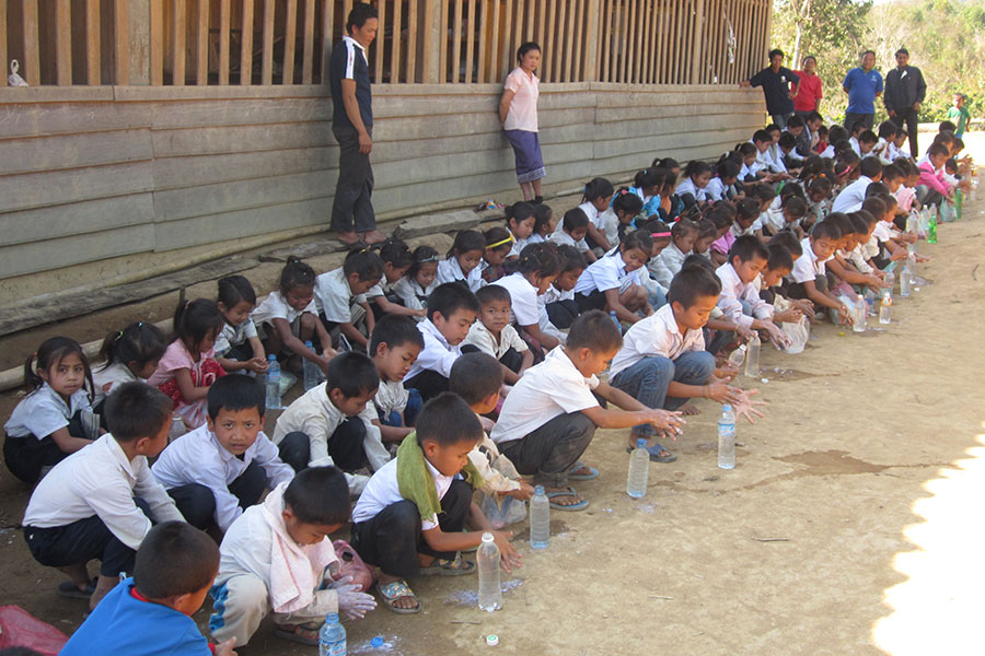 The Child Aid projects organised hand washing campaigns in schools to raise students' and parents' awareness for good hygiene practices