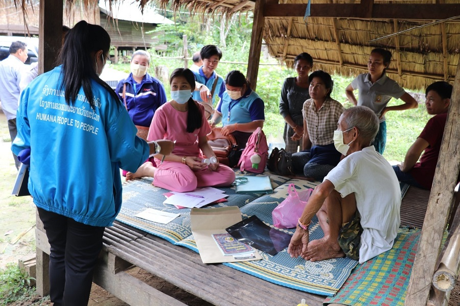 HPP Laos field staff are supporting Health Centre staff in increasing the quality of sputum samples collected