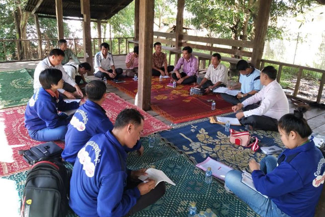 The TC TB team is meeting with representatives from District Health Centres, Village Health Workers as well as the Director of the Health Department in Pakkading District.