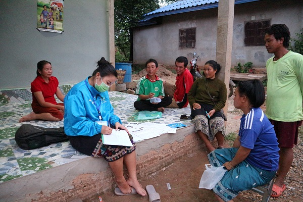HPP Laos Field Officers are screening villagers for TB symptoms. If someone shows to have symptoms, they are referred to public health services for testing - and their social contacts are also examined for symptoms